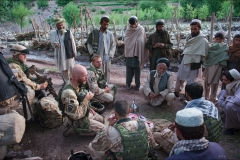 Aeromobilní-operacejednání-šury-Azra-Afghánistán-2009